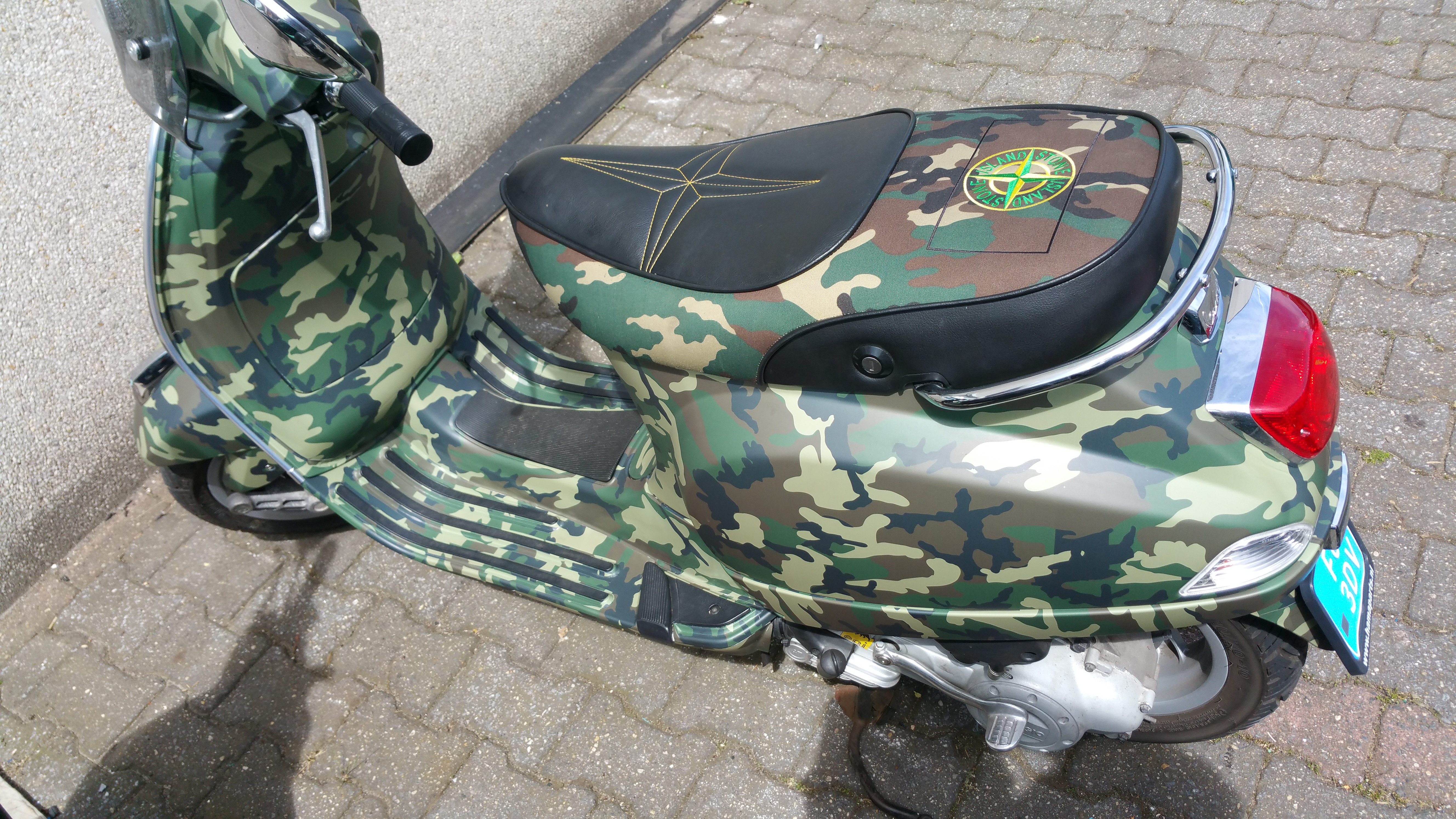 Wrapping scooter