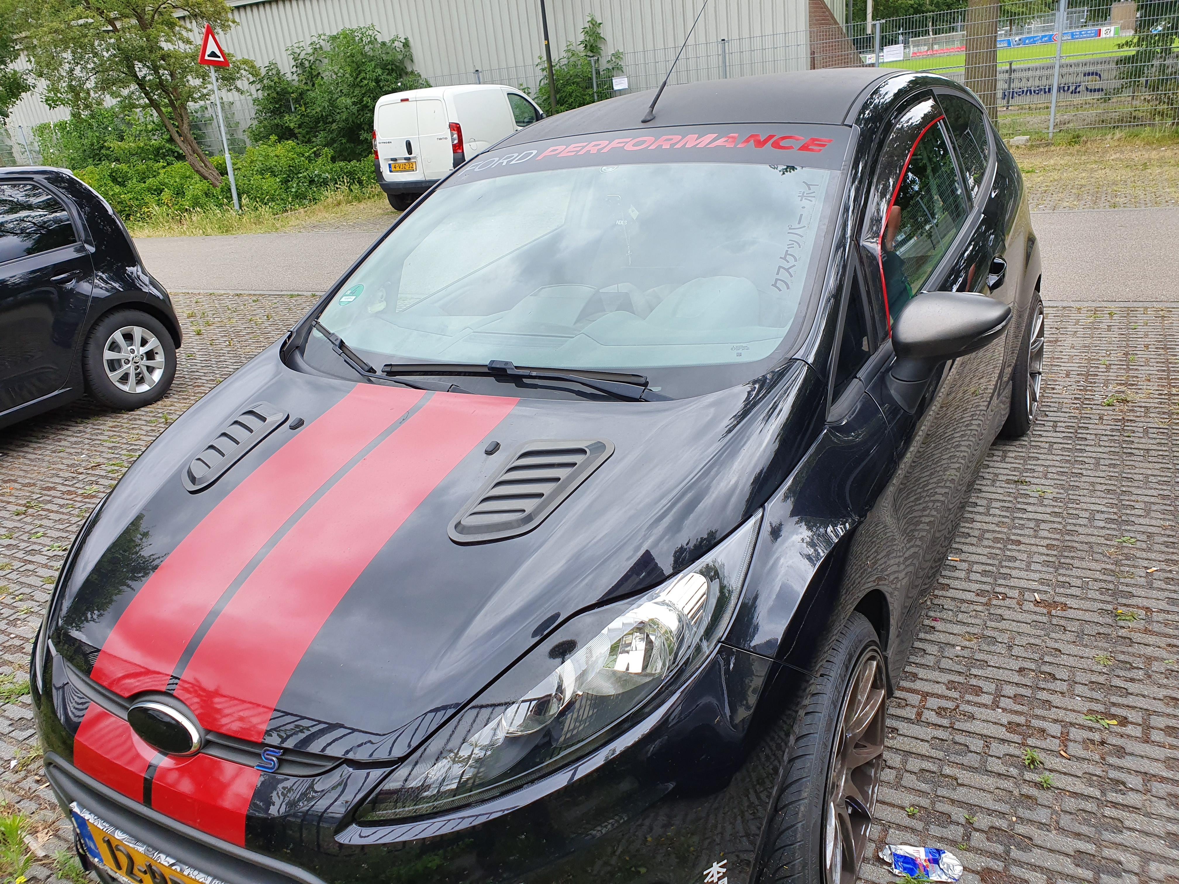 striping folie plakken op auto